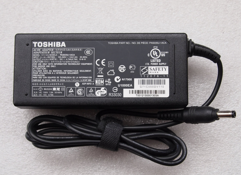Genuine 90W Toshiba Satellite P840 AC Adapter Charger Power Cord 19V 4.74A